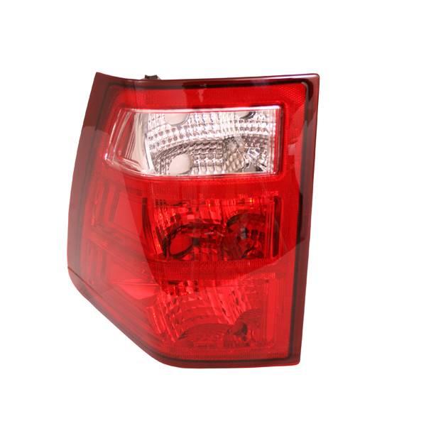Omix-Ada - Omix-Ada Right Tail Light; 05-06 Jeep Grand Cherokee WK 12403.32