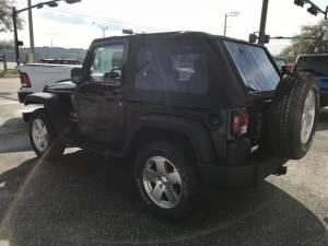 2008 Jeep Wrangler X - Image 4