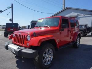 2015 Jeep Wrangler Unlimited Sahara - Image 3