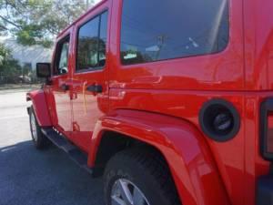 2015 Jeep Wrangler Unlimited Sahara - Image 8