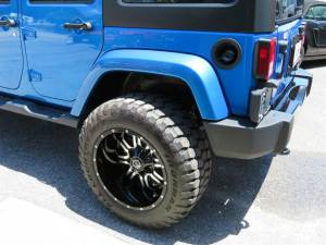 2015 Jeep Wrangler Unlimited Sahara Custom - Image 41