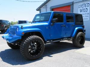 2015 Jeep Wrangler Unlimited Sahara Custom - Image 10