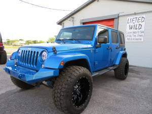 2015 Jeep Wrangler Unlimited Sahara Custom - Image 3